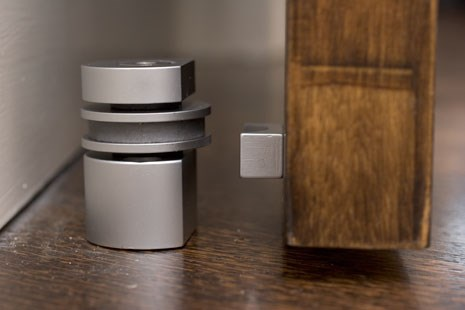 HB 710 Magnetic Door Stop (round)